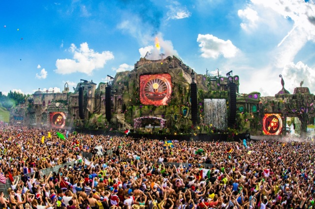 TomorrowWorld 2013 Stage sm